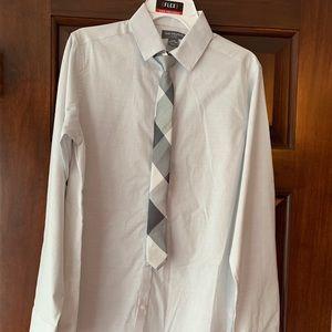 NWT Van Huesen Grey/White Shirt/Tie set